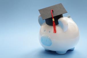 直系尊属から教育資金の贈与を受けた場合の贈与の特例